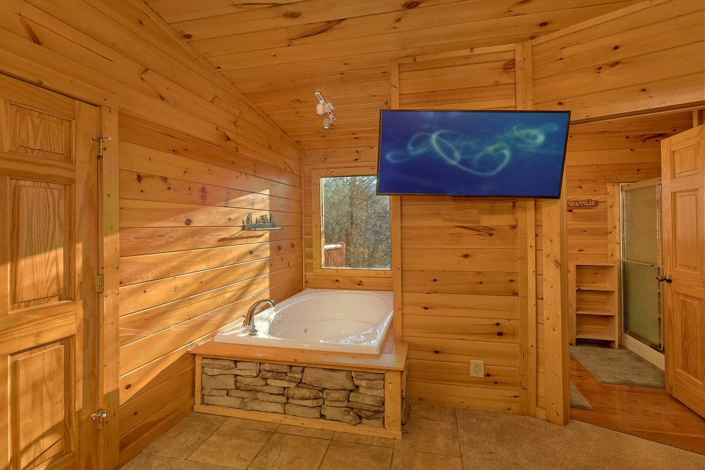 Photo of a Gatlinburg Cabin named Gentleman Jack's - This is the twenty-fourth photo in the set.