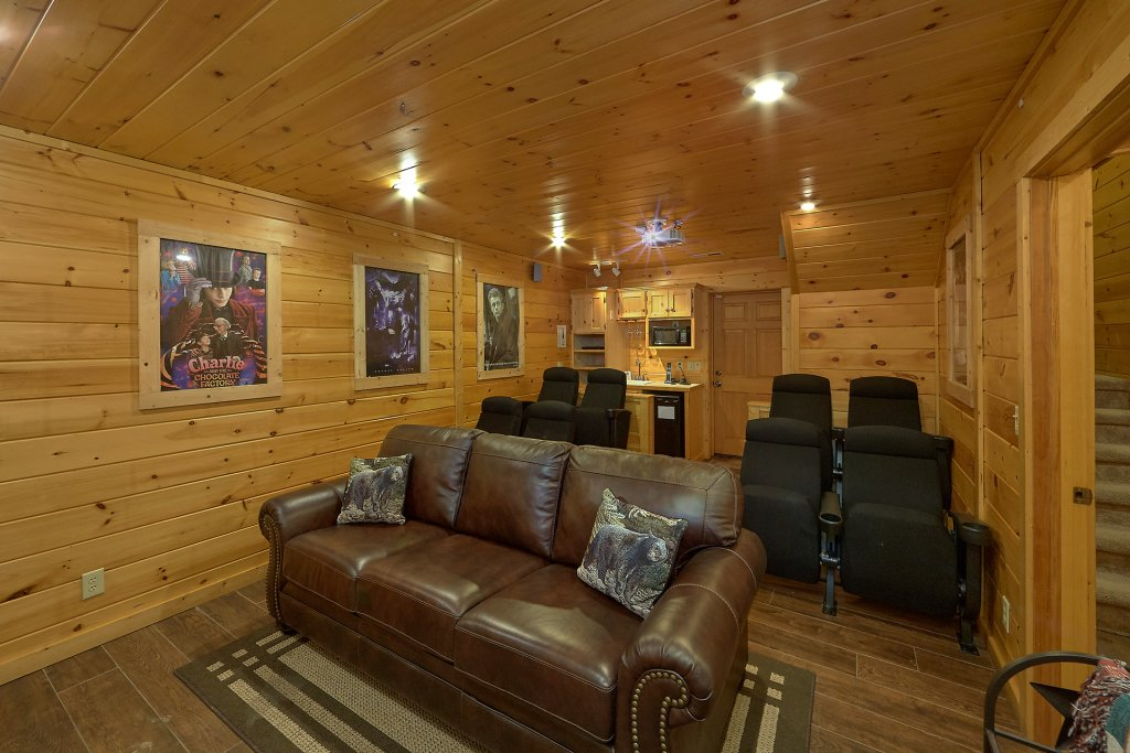 Photo of a Gatlinburg Cabin named Gentleman Jack's - This is the twelfth photo in the set.