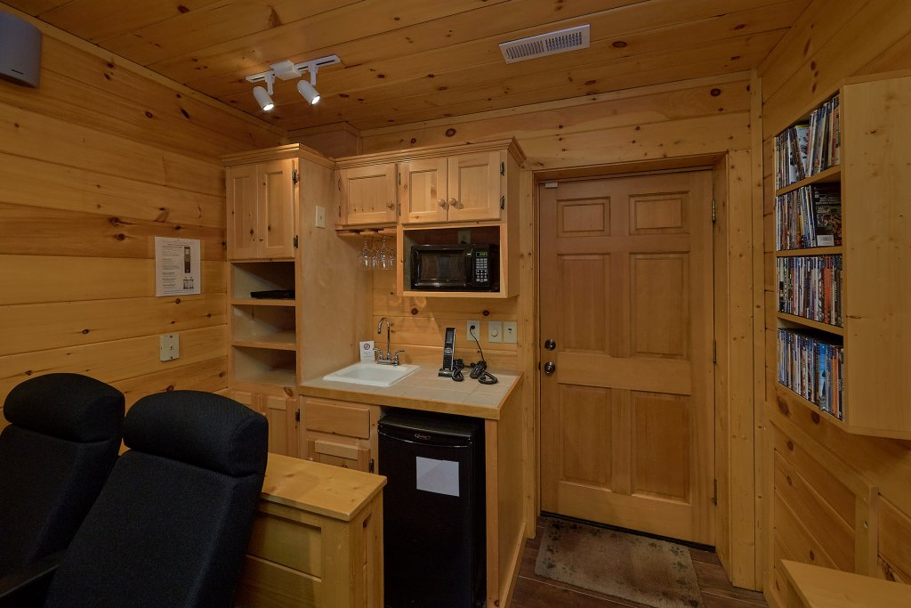 Photo of a Gatlinburg Cabin named Gentleman Jack's - This is the thirteenth photo in the set.