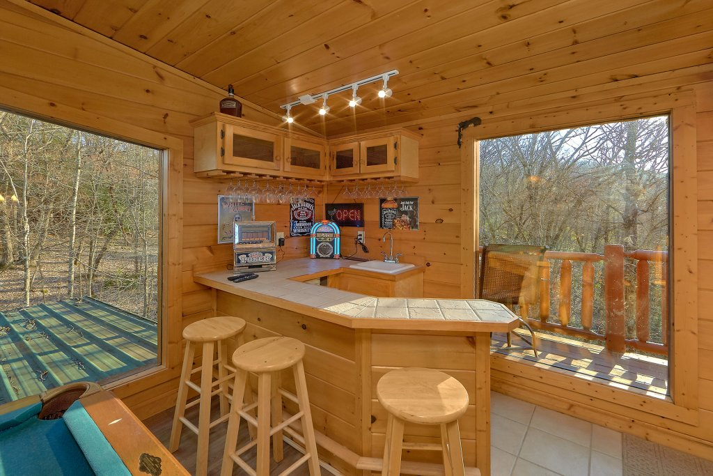Photo of a Gatlinburg Cabin named Gentleman Jack's - This is the eighteenth photo in the set.