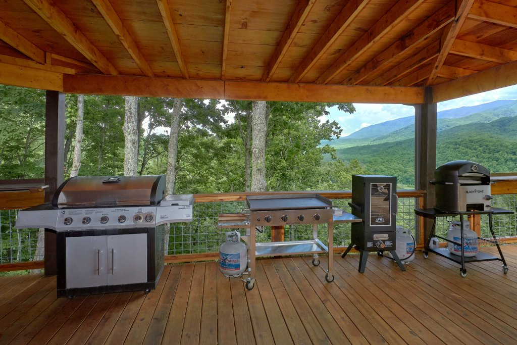 Photo of a Gatlinburg Cabin named This Magic Moment - This is the sixth photo in the set.