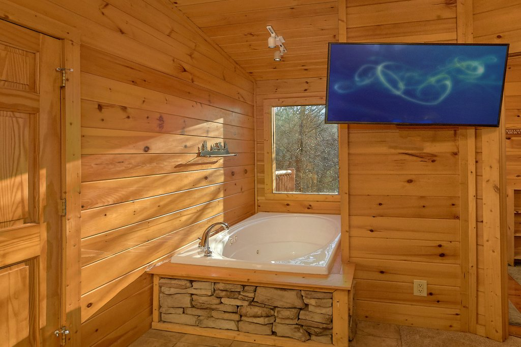Photo of a Gatlinburg Cabin named Gentleman Jack's - This is the twenty-seventh photo in the set.