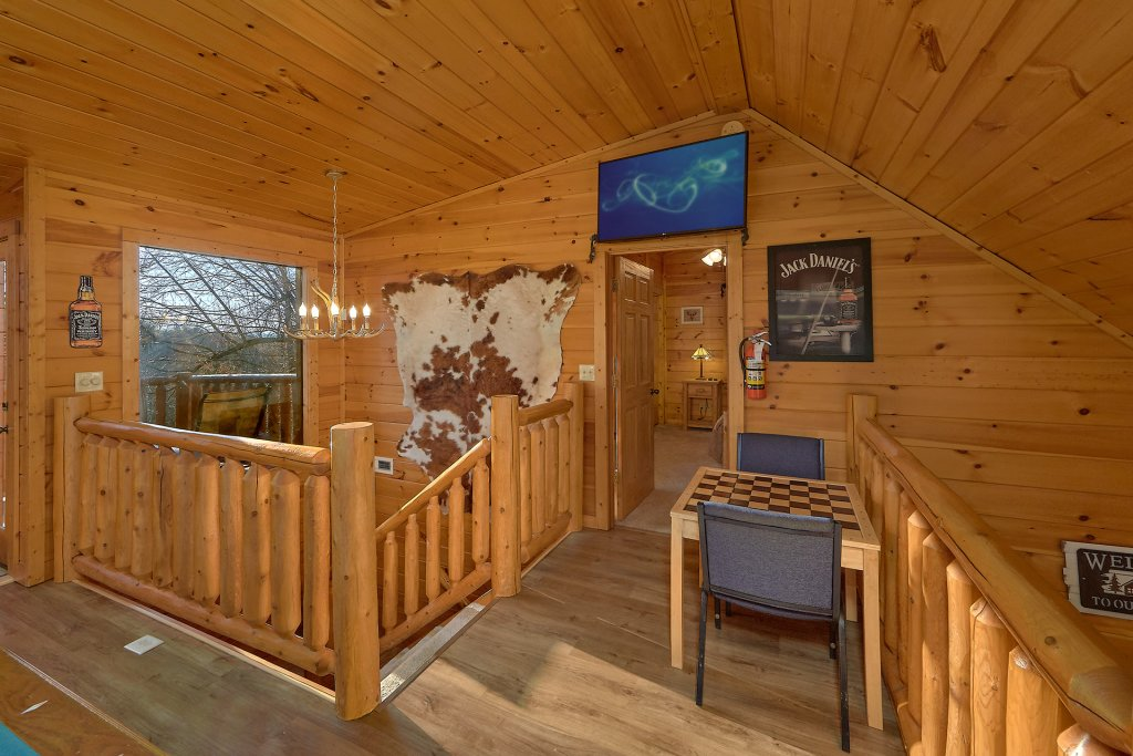 Photo of a Gatlinburg Cabin named Gentleman Jack's - This is the seventeenth photo in the set.