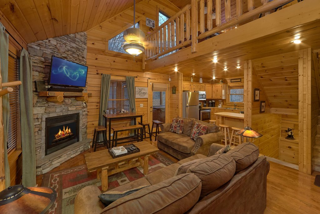 Photo of a Gatlinburg Cabin named Gentleman Jack's - This is the nineteenth photo in the set.