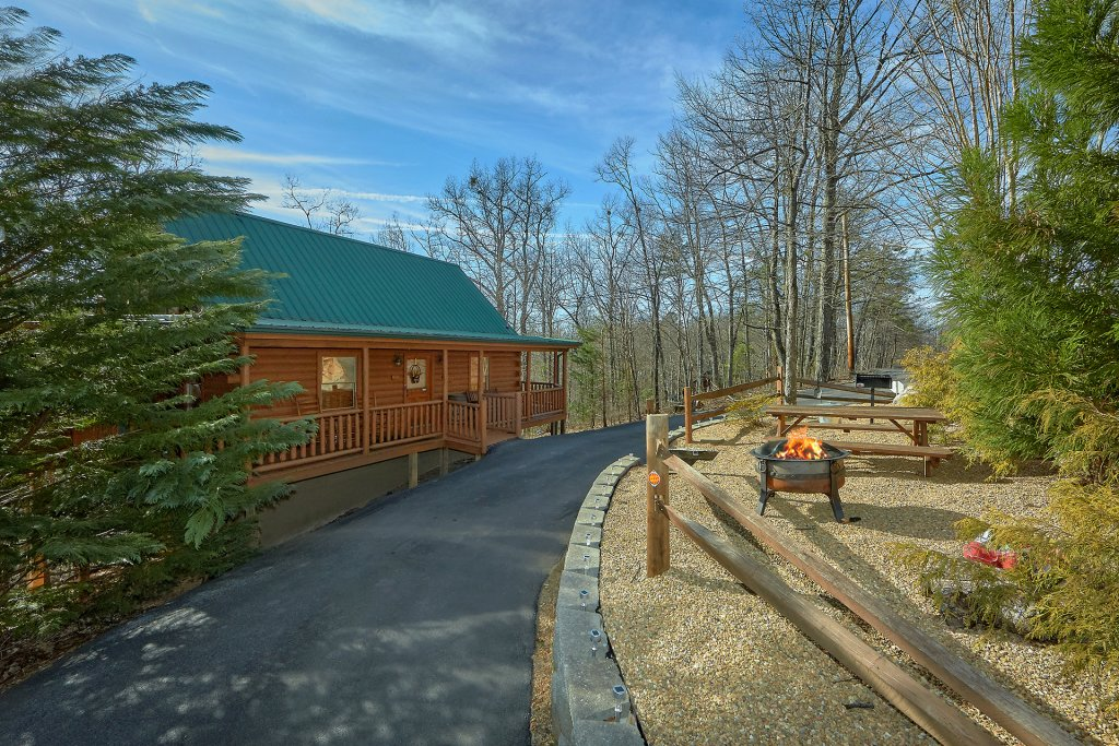 Photo of a Gatlinburg Cabin named Gentleman Jack's - This is the thirty-sixth photo in the set.