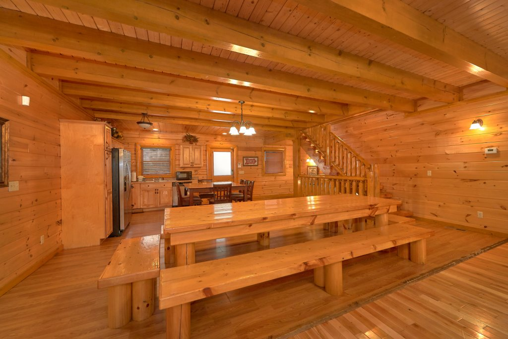 Photo of a Sevierville Cabin named Pool And Theater Lodge - This is the sixteenth photo in the set.