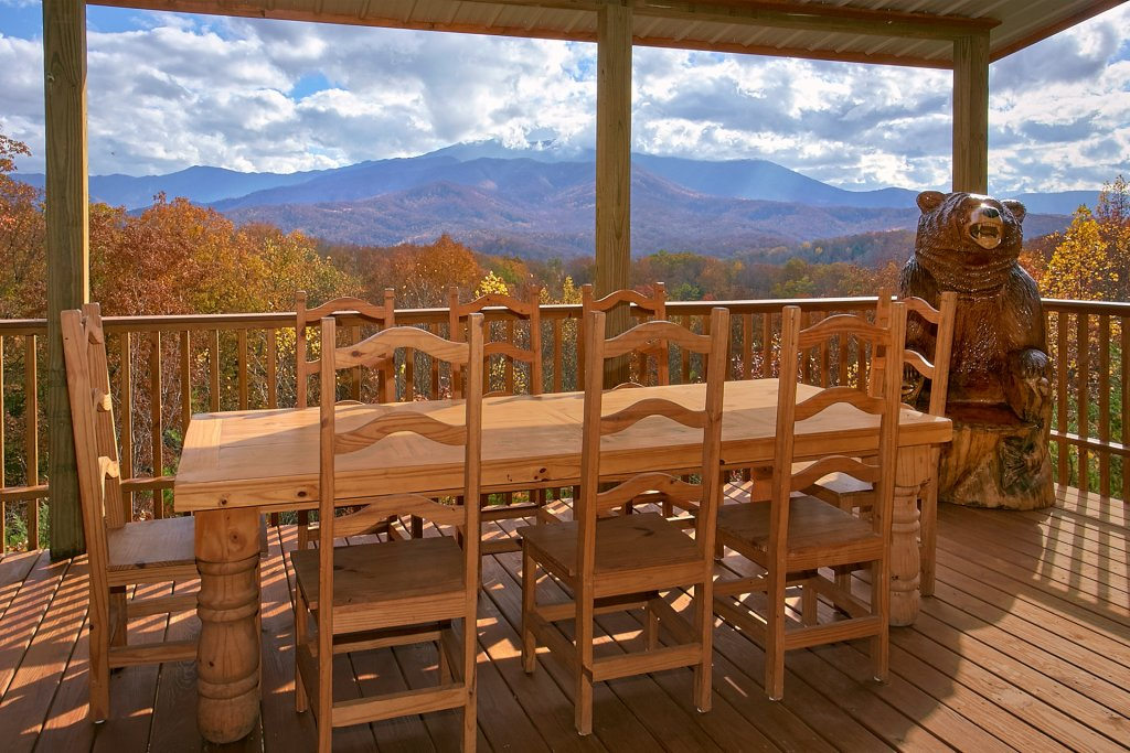 Photo of a Gatlinburg Cabin named Stairway To Heaven - This is the thirteenth photo in the set.