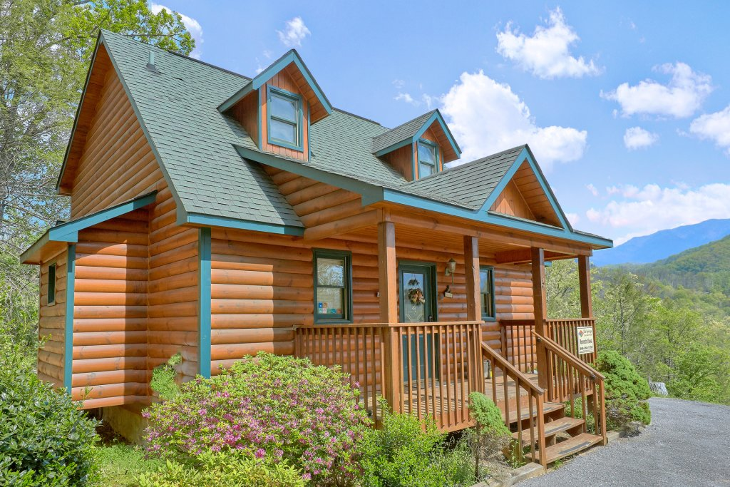 Photo of a Gatlinburg Cabin named Romantic Views - This is the nineteenth photo in the set.