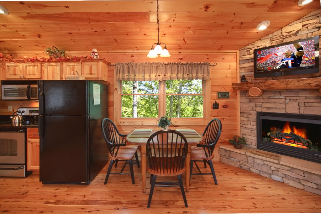 Photo of a Gatlinburg Cabin named Tree Tops - This is the ninth photo in the set.