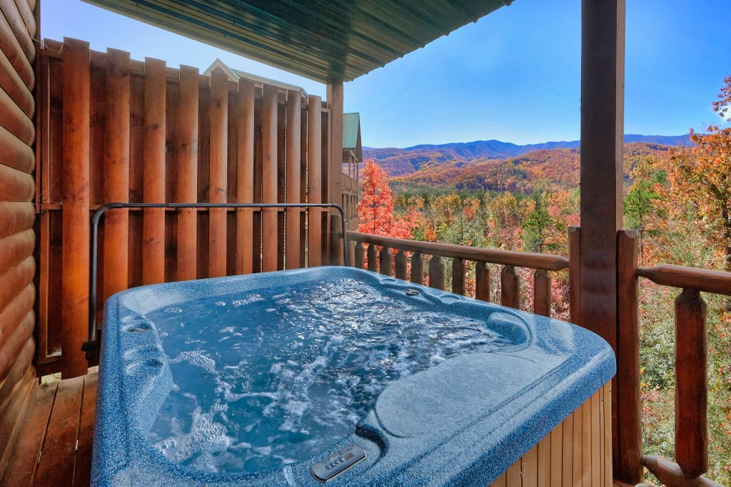 Photo of a Gatlinburg Cabin named Smoky Ridge View - This is the third photo in the set.