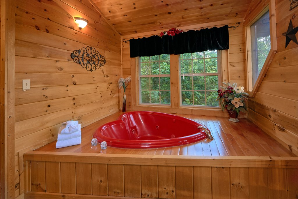 Photo of a Gatlinburg Cabin named Pool Time Paradise - This is the thirteenth photo in the set.