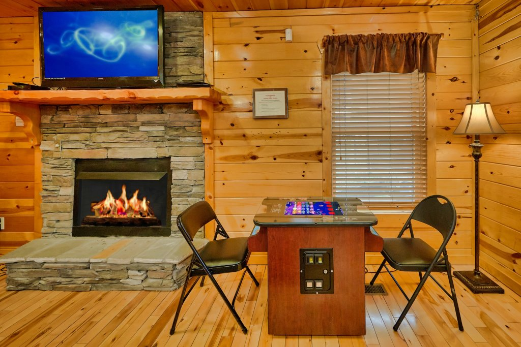 Photo of a Gatlinburg Cabin named Smoky Ridge View - This is the tenth photo in the set.