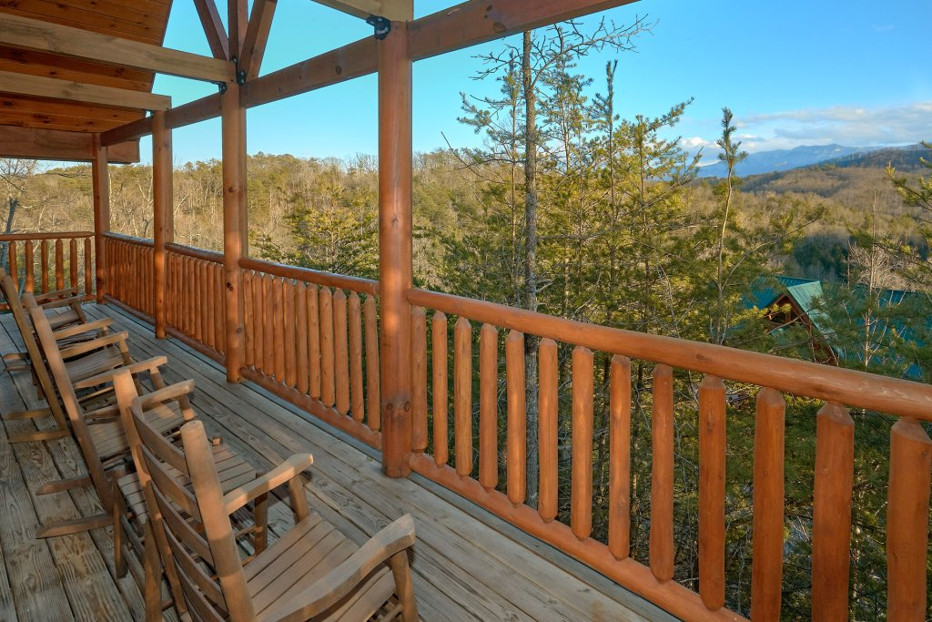 Photo of a Pigeon Forge Cabin named Reindeer Bay - This is the eleventh photo in the set.