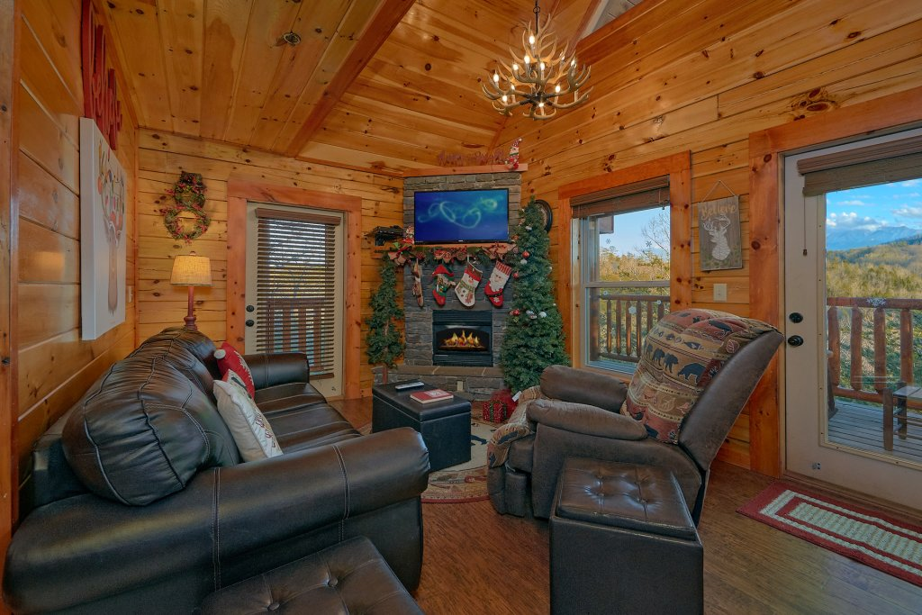 Photo of a Pigeon Forge Cabin named Reindeer Bay - This is the twentieth photo in the set.