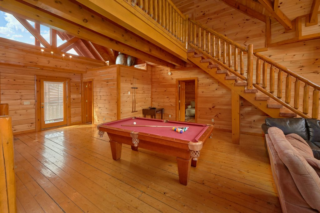 Photo of a Sevierville Cabin named Movie Room Retreat - This is the seventh photo in the set.