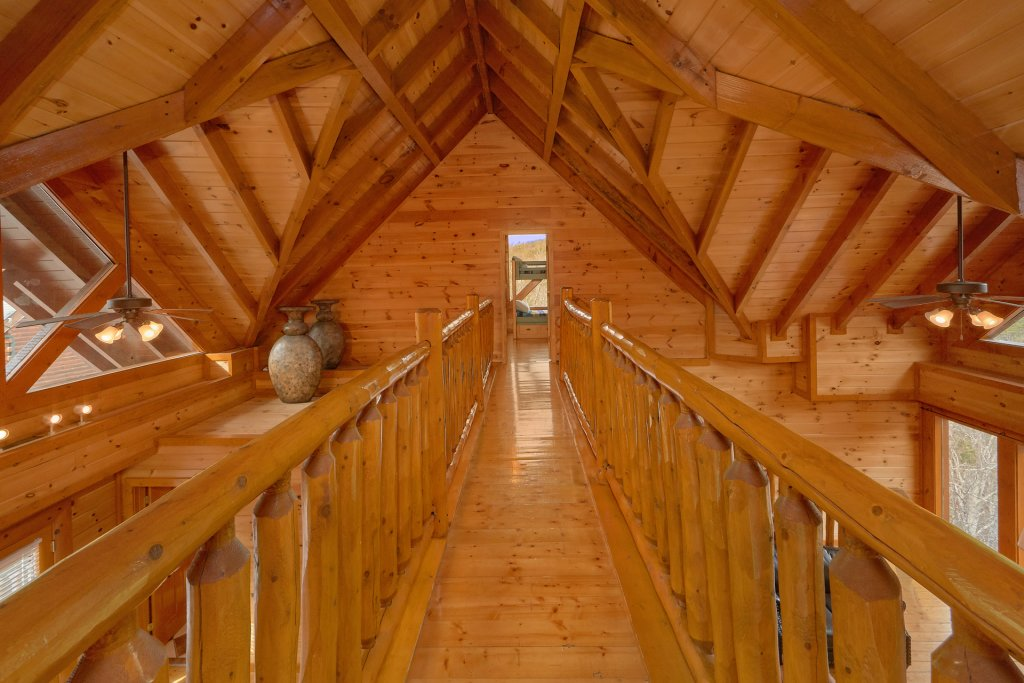 Photo of a Sevierville Cabin named Movie Room Retreat - This is the eleventh photo in the set.