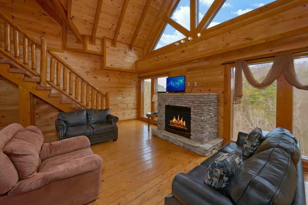 Photo of a Sevierville Cabin named Movie Room Retreat - This is the tenth photo in the set.