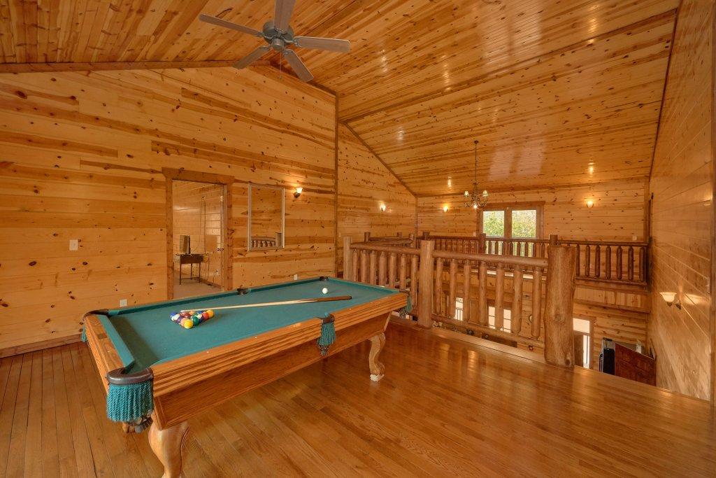 Photo of a Gatlinburg Cabin named Pool And A View Mansion - This is the seventh photo in the set.