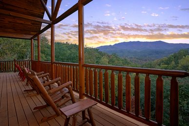 Best View In Gatlinburg! Secluded Log Cabin Near Smoky Mountain National Park