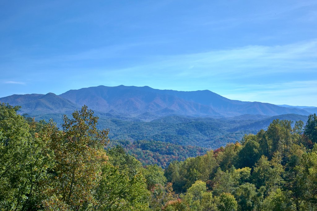 Photo of a Gatlinburg Cabin named Splash Mansion #500 - This is the twenty-sixth photo in the set.