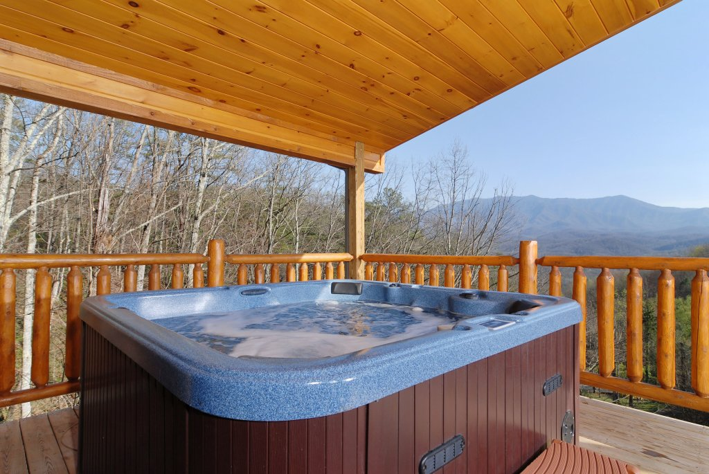 Photo of a Gatlinburg Cabin named Splash Mansion #500 - This is the twentieth photo in the set.