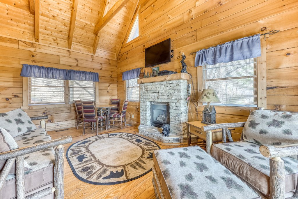Photo of a Pigeon Forge Cabin named Outlook Ridge - This is the fourth photo in the set.