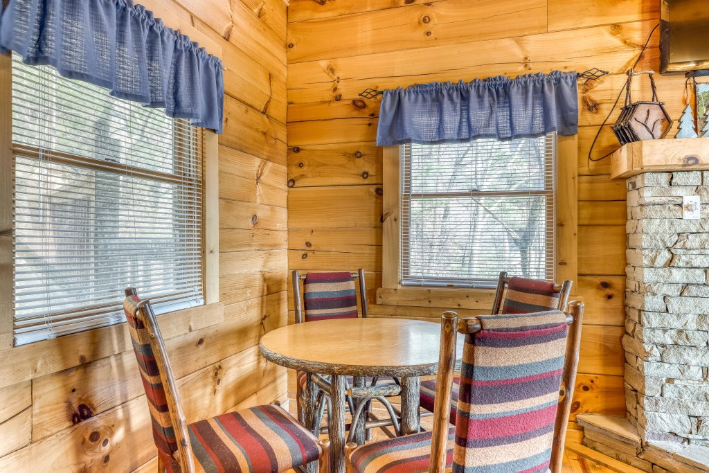 Photo of a Pigeon Forge Cabin named Outlook Ridge - This is the fifth photo in the set.