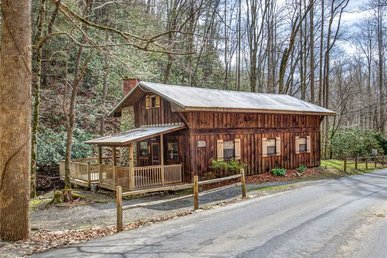 Cottage On The Creek, 1 Br, 1 Loft, Hot Tub, Sleeps 4