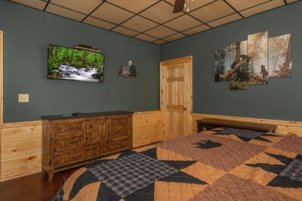 Photo of a Pigeon Forge Cabin named Gar Bear's Hideaway - This is the twenty-second photo in the set.