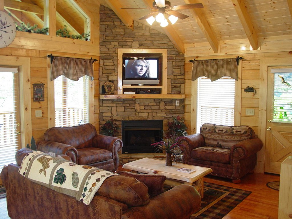 Photo of a Sevierville Cabin named  Cozy Cabin - This is the two hundred and thirty-ninth photo in the set.