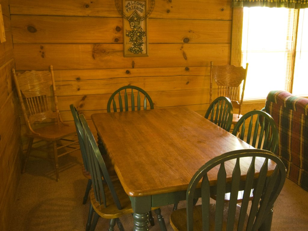 Photo of a Pigeon Forge Cabin named  Smoky Memories - This is the eightieth photo in the set.