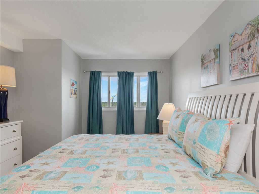 Photo of a Panama City Beach Condo named Summit 913 - This is the thirteenth photo in the set.
