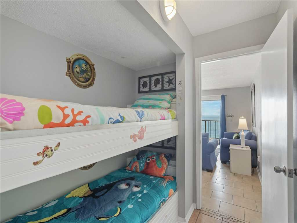 Photo of a Panama City Beach Condo named Summit 913 - This is the nineteenth photo in the set.