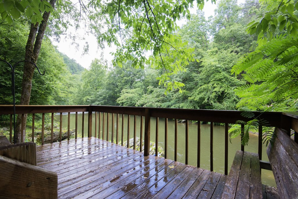 Photo of a Pigeon Forge Cabin named Valhalla - This is the five hundred and thirteenth photo in the set.