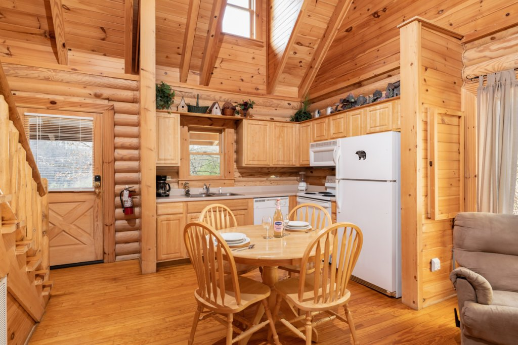 Photo of a Sevierville Cabin named Bear Naked - This is the sixth photo in the set.