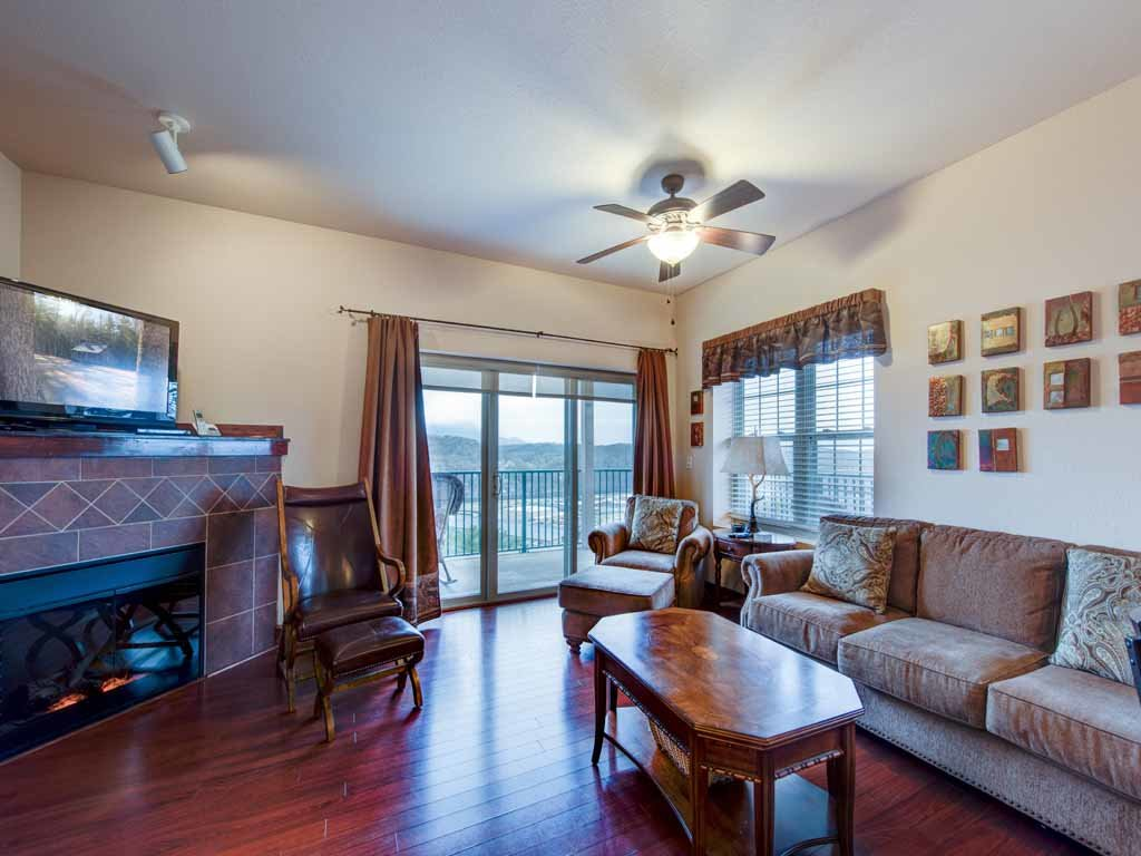 Photo of a Pigeon Forge Condo named Pinnacle Condo - This is the second photo in the set.