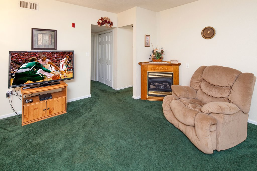 Photo of a Pigeon Forge Condo named  Colonial Crest 110 - This is the one hundred and seventy-sixth photo in the set.