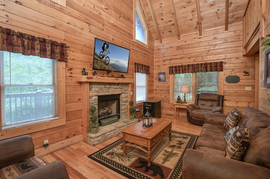 Photo of a Pigeon Forge Cabin named  Treasured Times - This is the two hundred and ninety-fifth photo in the set.