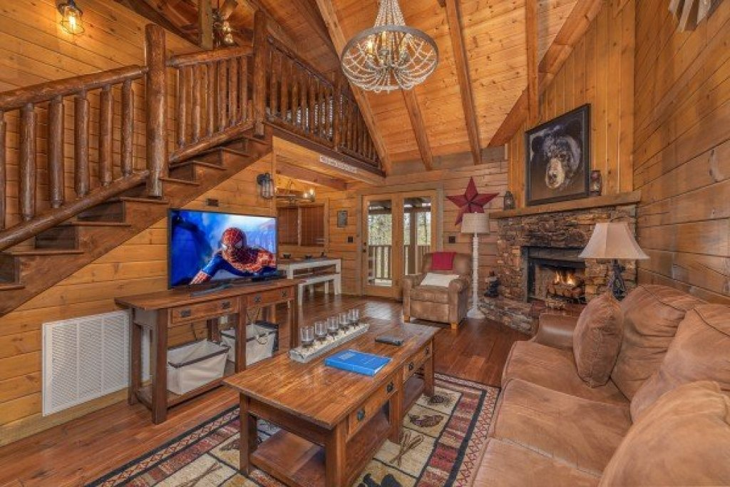 Photo of a Sevierville Cabin named 2 Cute - This is the second photo in the set.