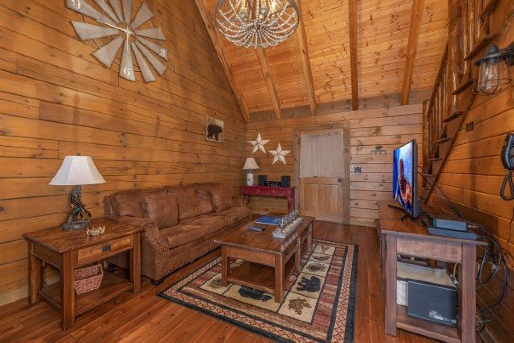 Photo of a Sevierville Cabin named 2 Cute - This is the fourth photo in the set.
