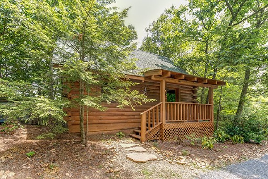 Photo of a Sevierville Cabin named 2 Cute - This is the nineteenth photo in the set.