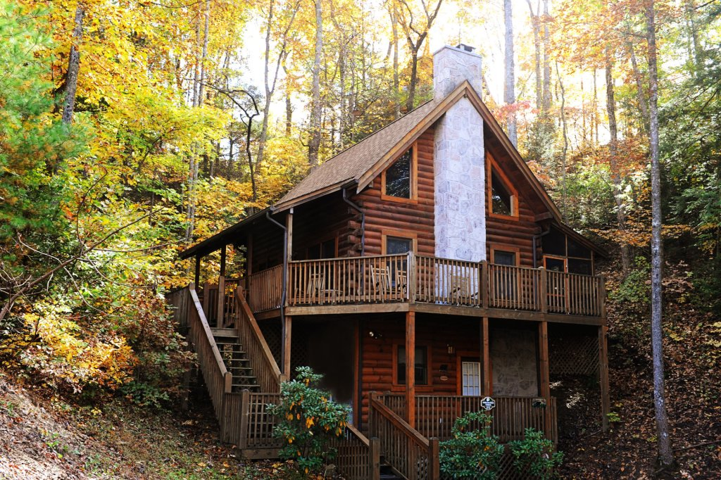 Photo of a Pigeon Forge Cabin named  Treasured Times - This is the two thousand eight hundred and sixty-eighth photo in the set.