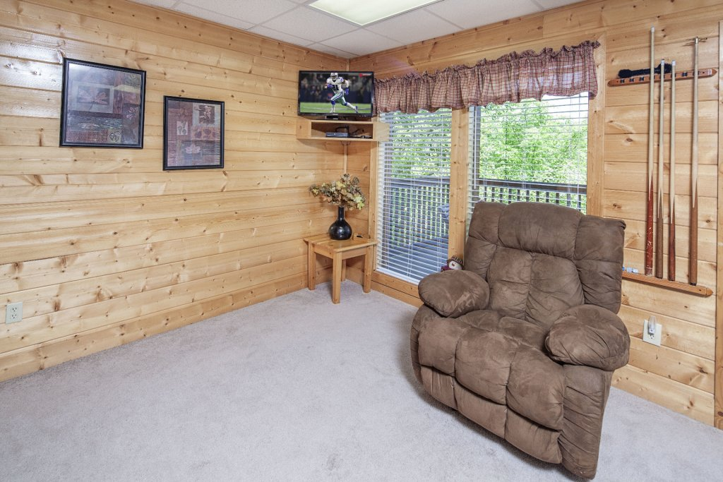 Photo of a Sevierville Cabin named  Absolute Paradise - This is the six hundred and seventy-third photo in the set.