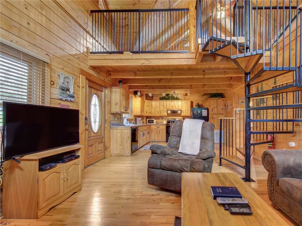 Photo of a Sevierville Cabin named Dreams Do Come True - This is the fourth photo in the set.