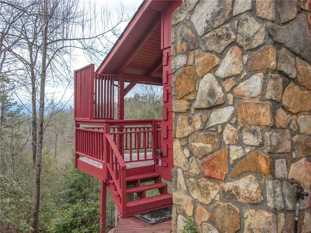 Photo of a Gatlinburg Cabin named Mountain Rose - This is the twenty-third photo in the set.