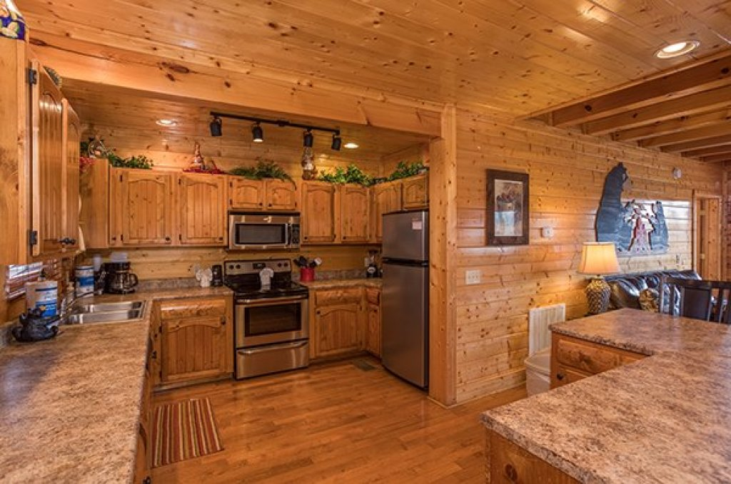 Photo of a Sevierville Cabin named Grand Timber Lodge - This is the seventh photo in the set.