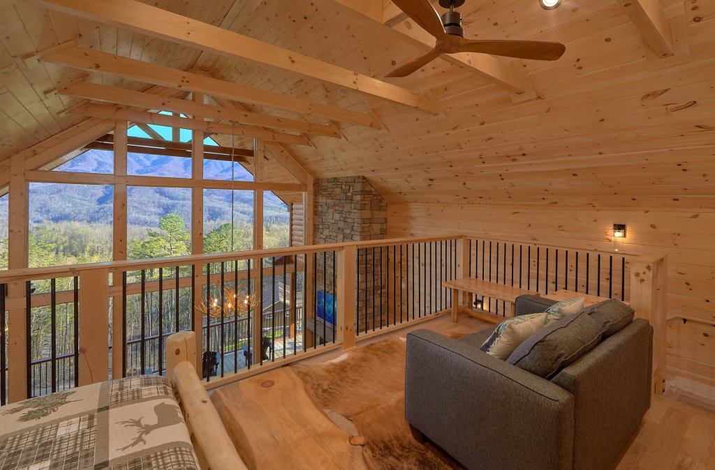 Photo of a Gatlinburg Cabin named Misty Mountain Adventure Lodge - This is the twenty-second photo in the set.
