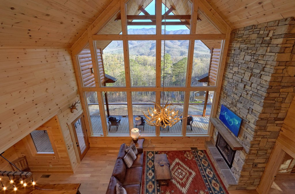 Photo of a Gatlinburg Cabin named Misty Mountain Adventure Lodge - This is the nineteenth photo in the set.