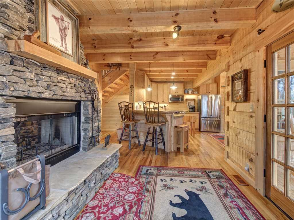 Photo of a Gatlinburg Cabin named Cozy Cub Hideaway - This is the sixth photo in the set.