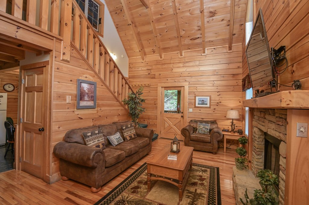 Photo of a Pigeon Forge Cabin named  Treasured Times - This is the four hundred and seventy-fifth photo in the set.